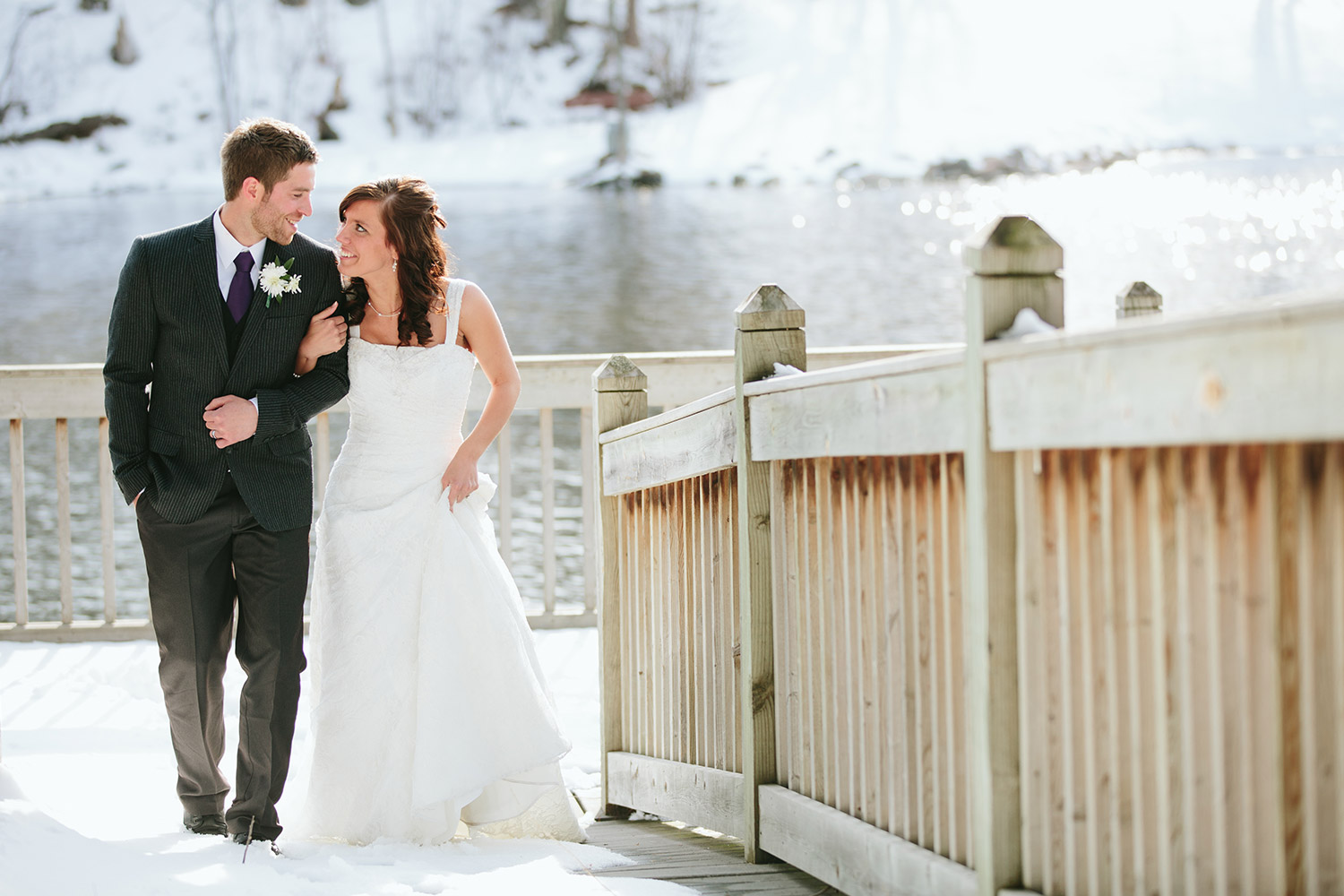 outdoor minnesota wedding at whitefish chain of lakes in northern, mn