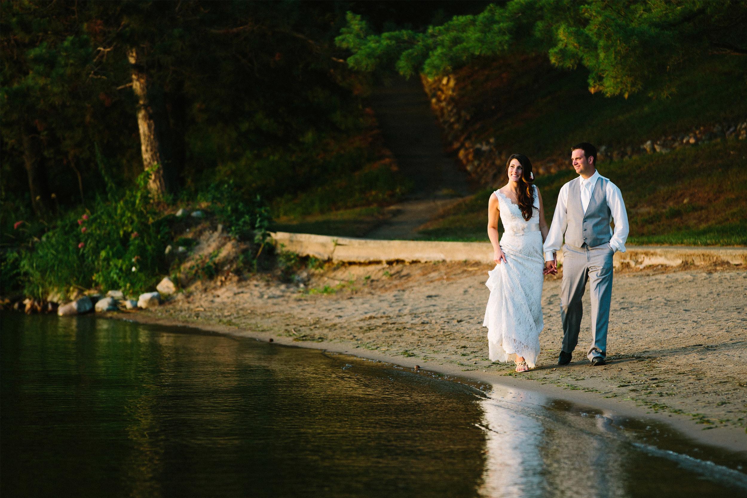 54-Maddens_Resort_Wedding_Wilson_Bay_Gull_Lake.jpg