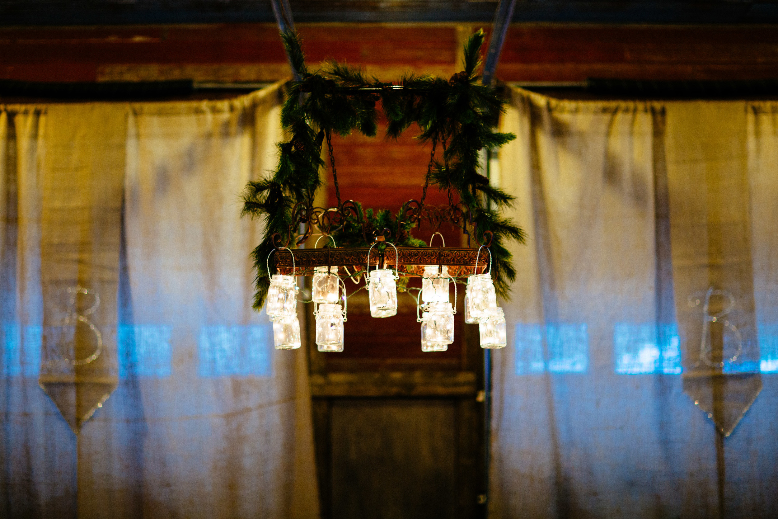 northern_mn_winter_wedding.jpg