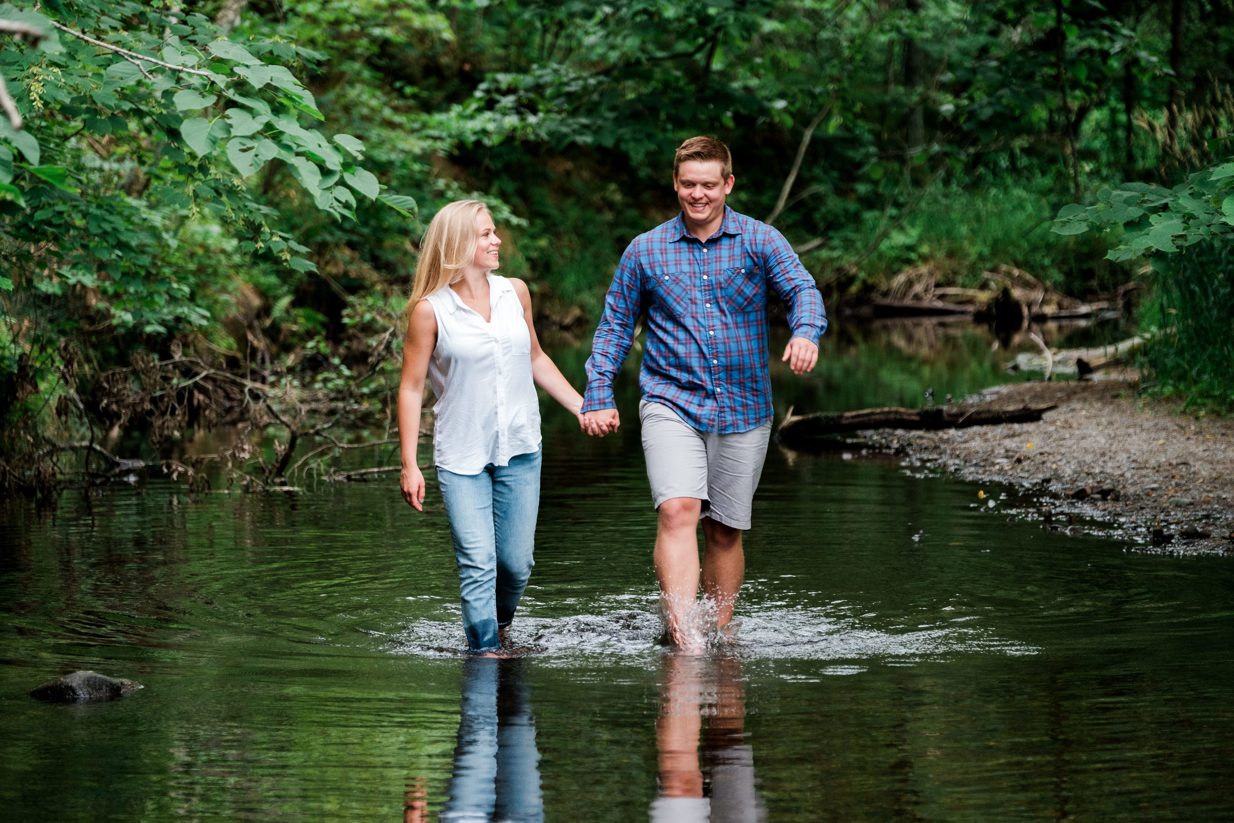 northern mn outdoors engagement session