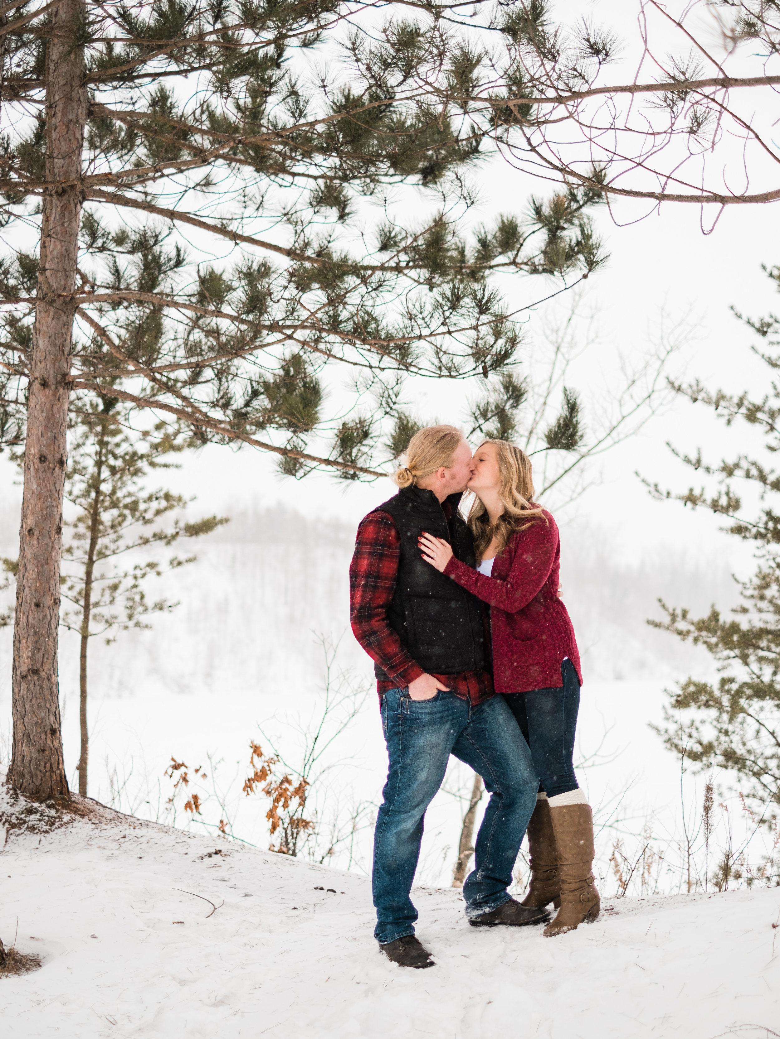 brainerd wedding couple engagement session