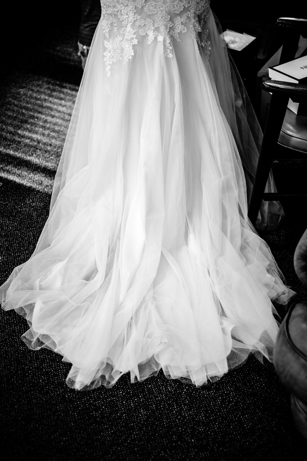 winter wedding dress in grandmarais, mn