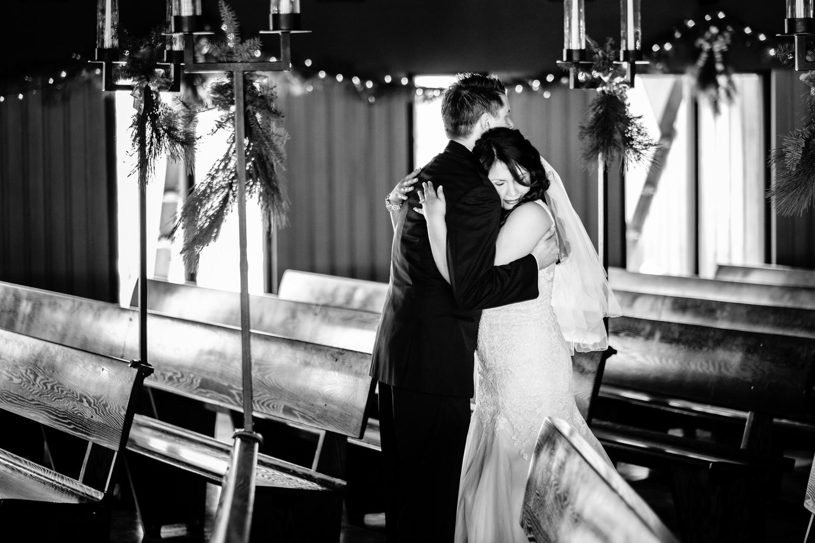 emotion north shore bride an groom in grand marais mn