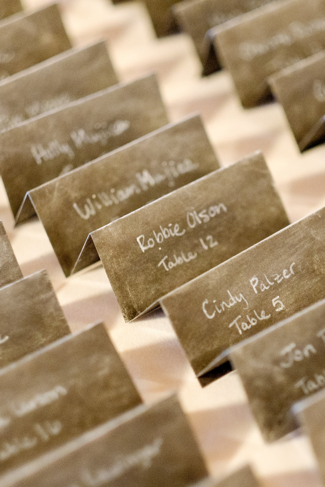 wedding seating tags at Cragun's resort in brainerd, mn