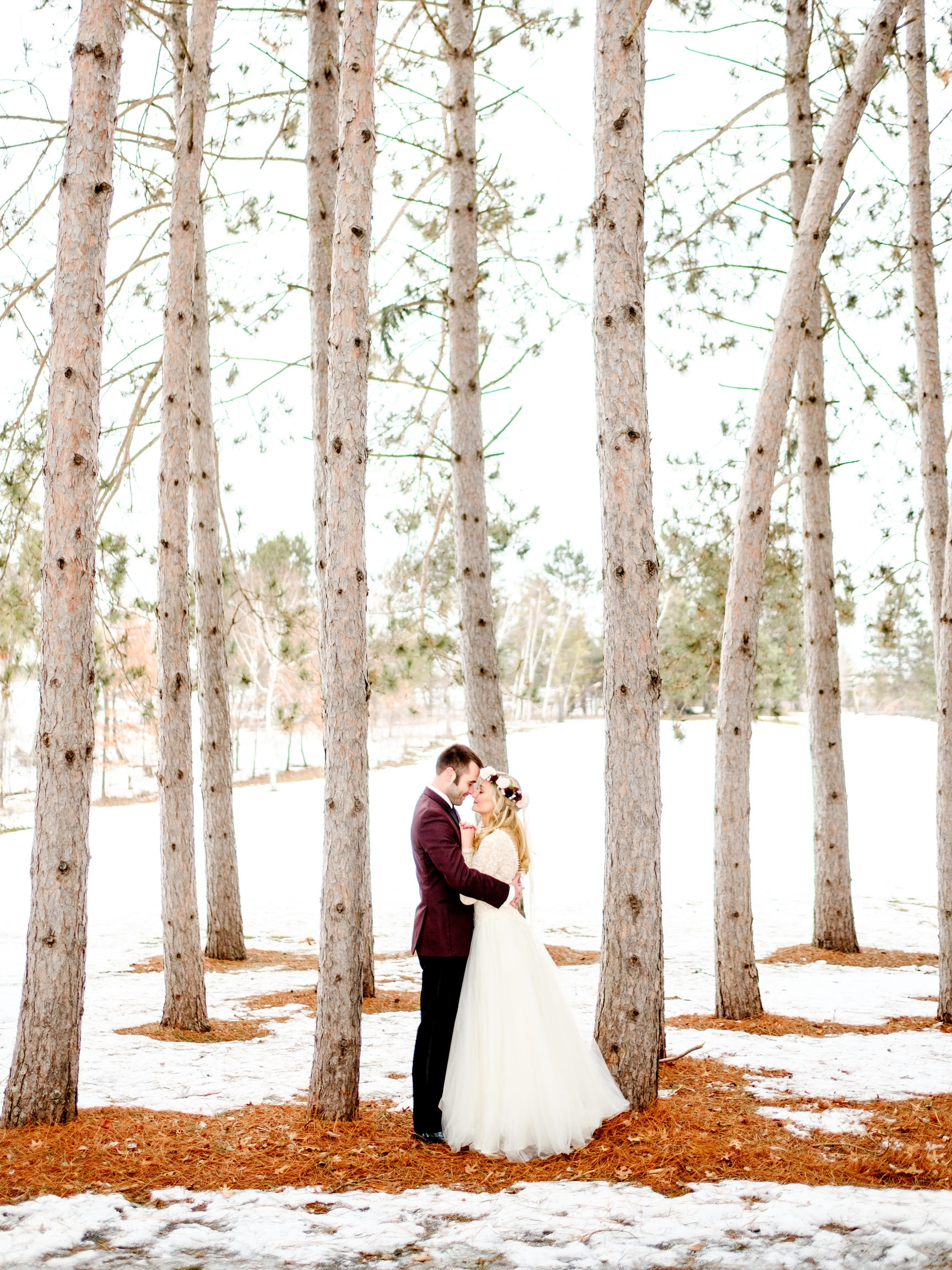 snowy wedding images in northern mn