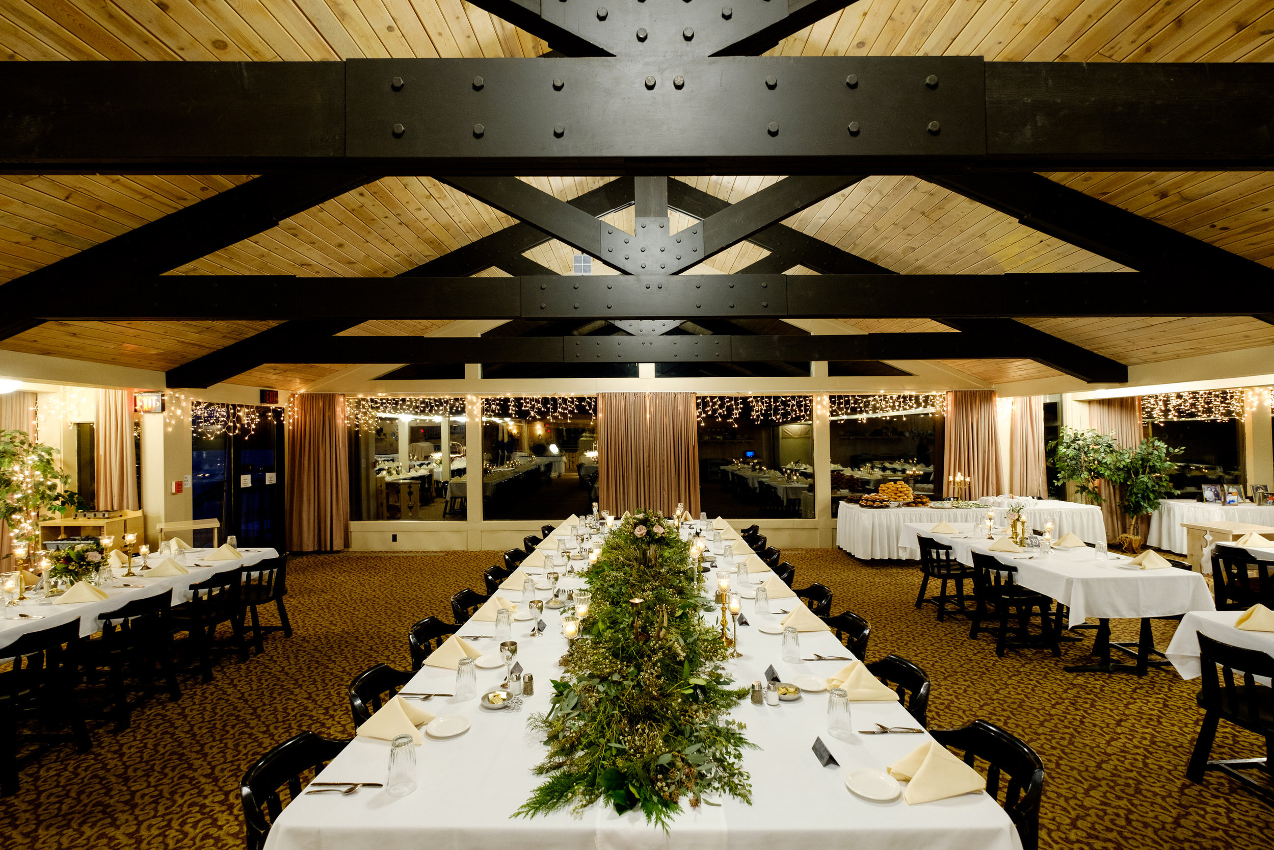 cragun's resort dining hall wedding reception