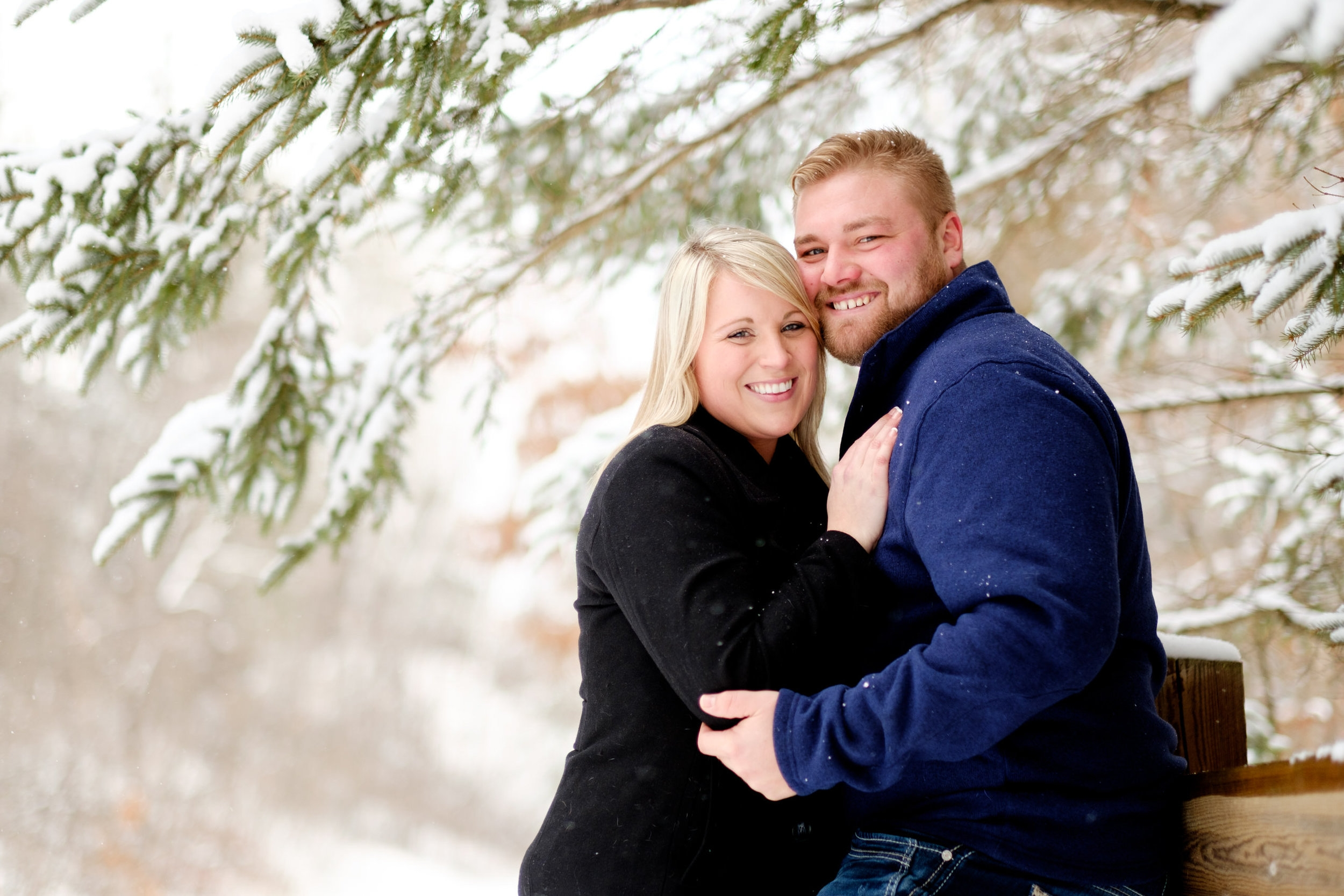 northern mn engagement and wedding photographer