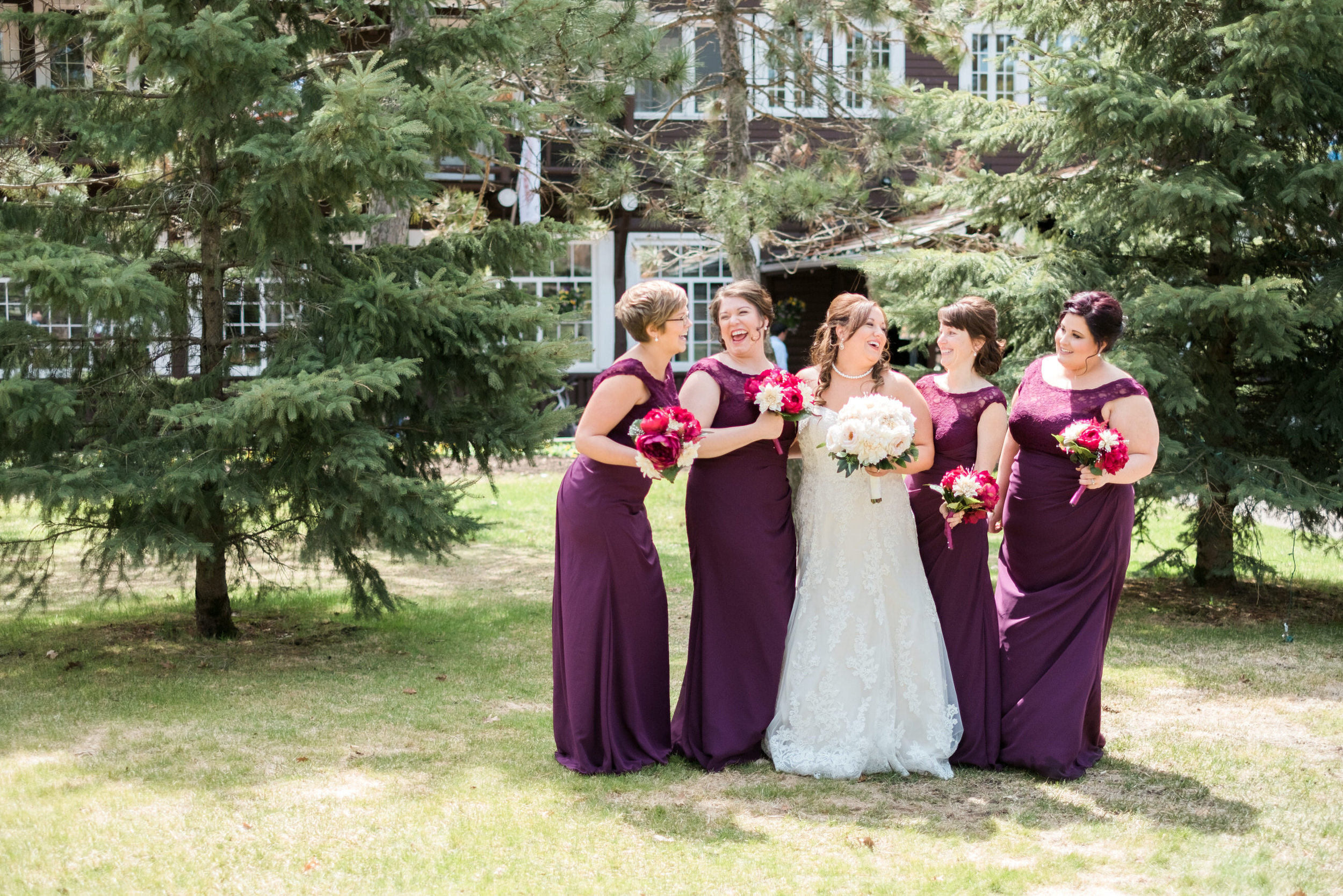 Historic Grand View Lodge lakeside wedding.