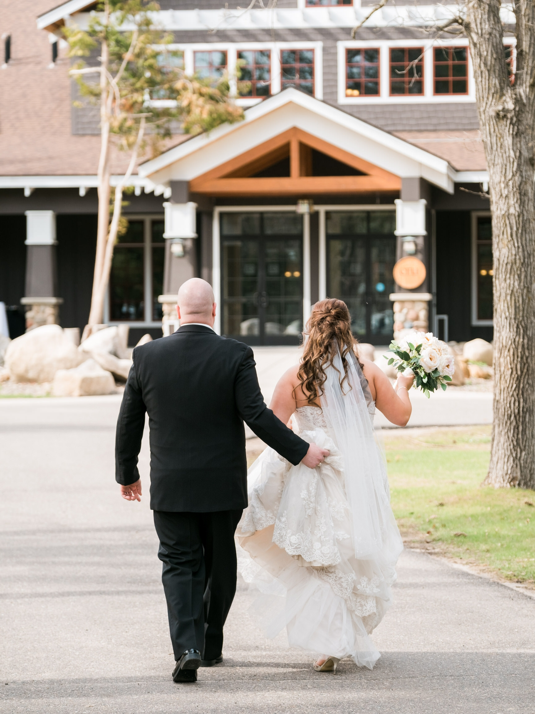 Grand View Lodge classic Northern MN Wedding