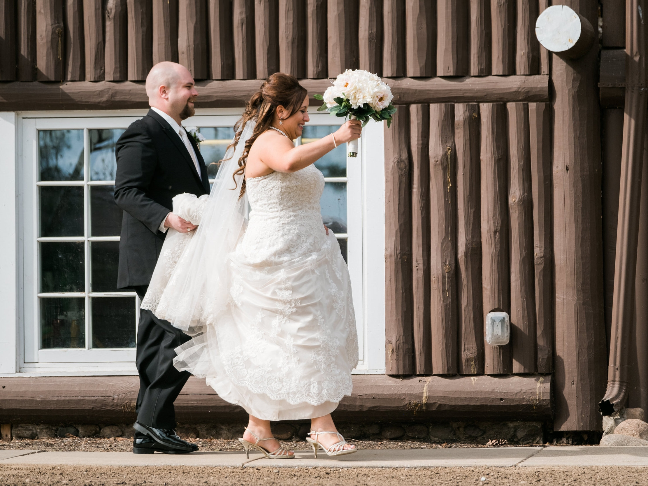 Lakeview wedding in Northern MN at Grand View Lodge