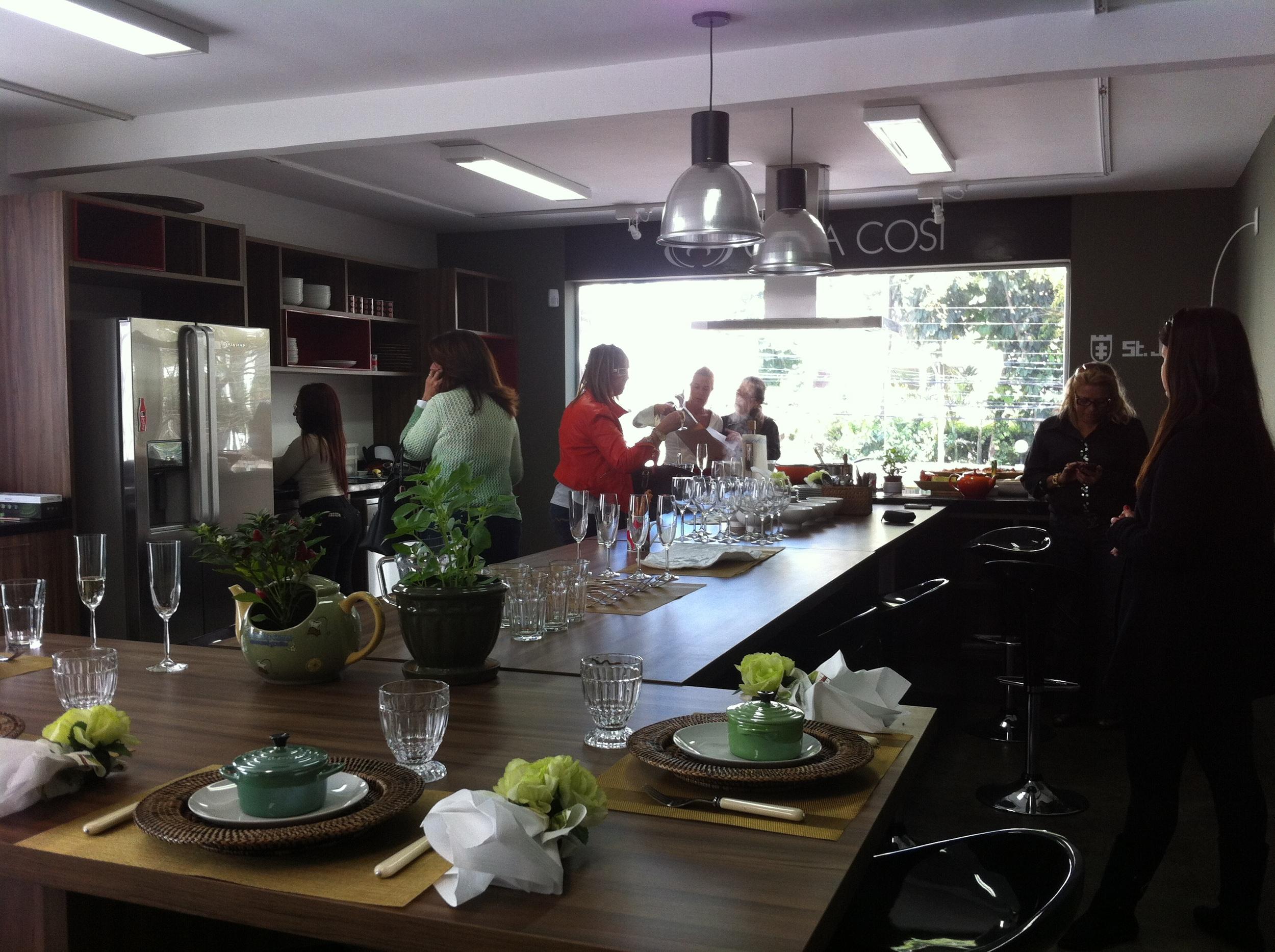 Espaço para cursos e almoços da Casa Cosí - Foto: Madi Arquitetura e Design
