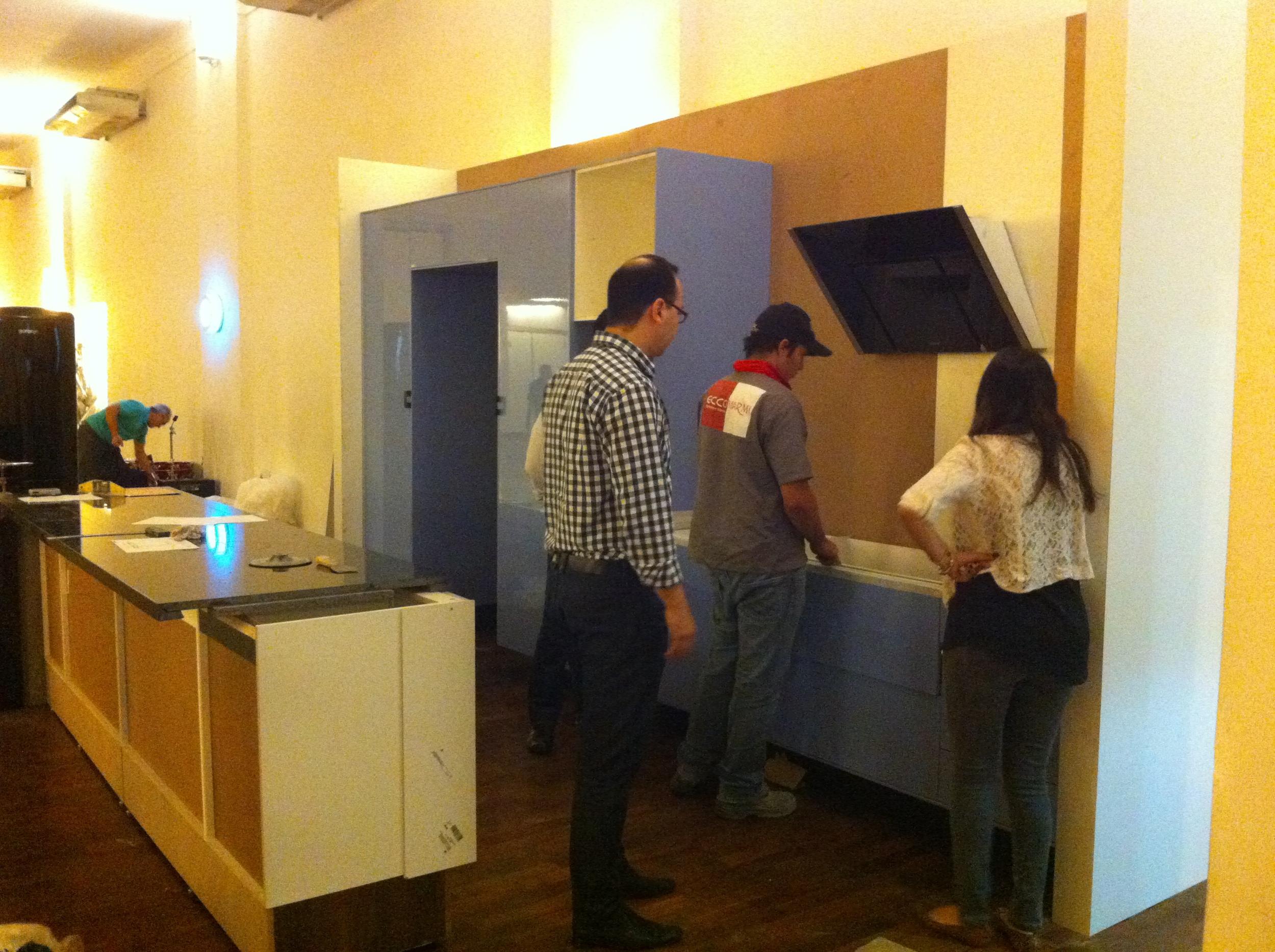 Instalação da Coifa - Foto: Madi Arquitetura e Design
