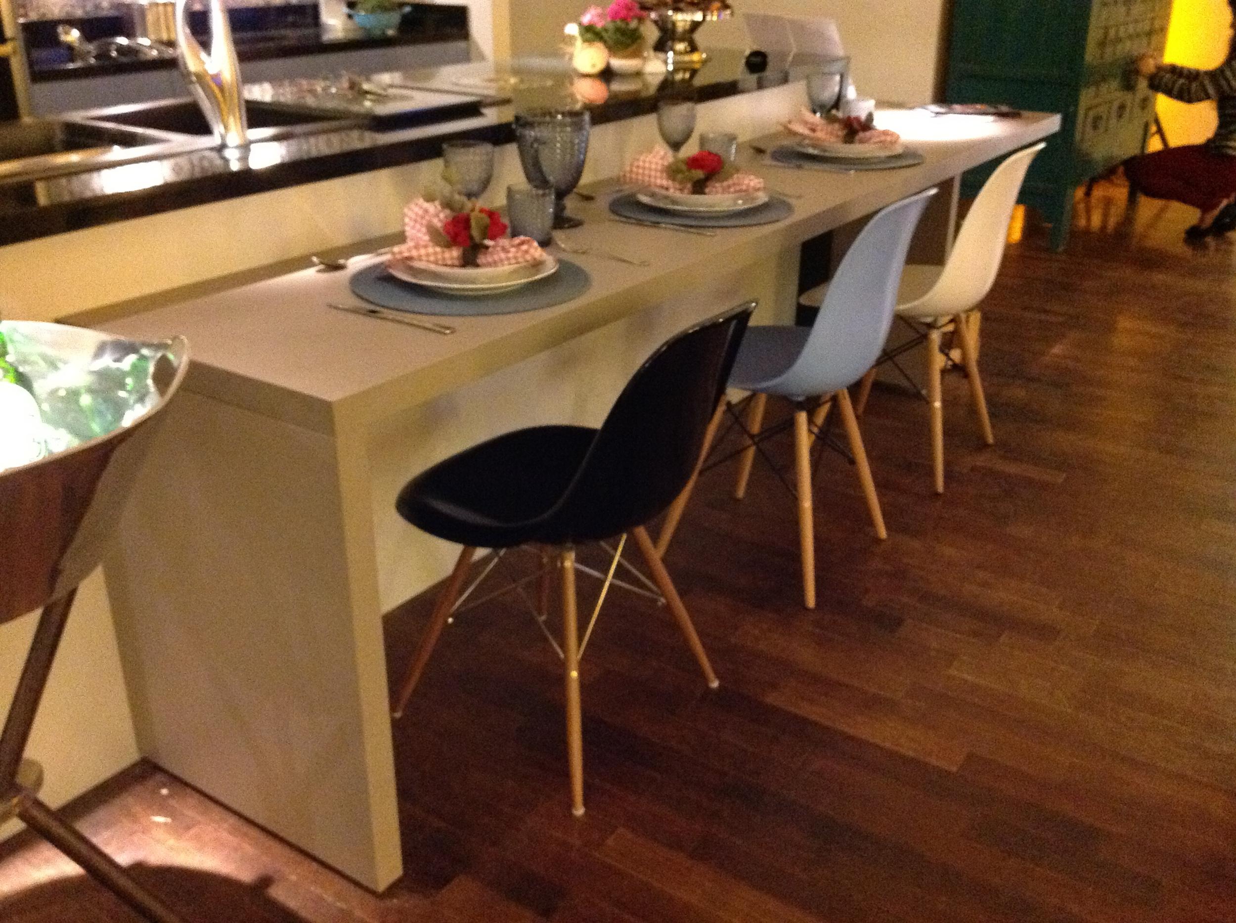 Detalhe das Cadeiras DKR da Chair & Cia - Foto: Acervo Madi Arquitetura e Design