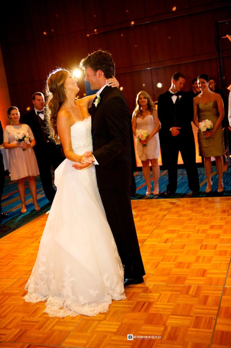 Kelli-Kyle-Columbia-SC-Wedding_ 012.jpg