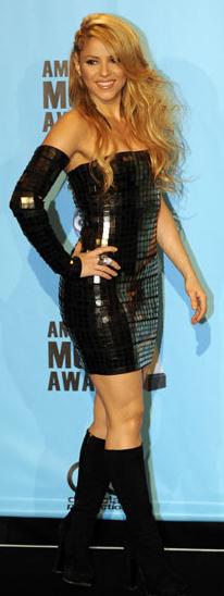 ShakiraAMAs.jpg