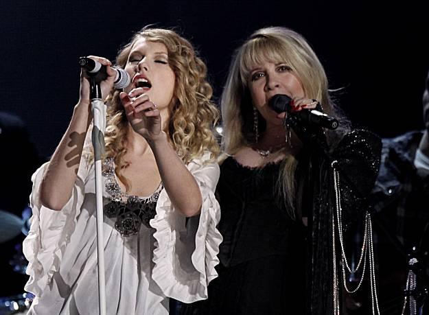 GrammySwiftNicks.jpg