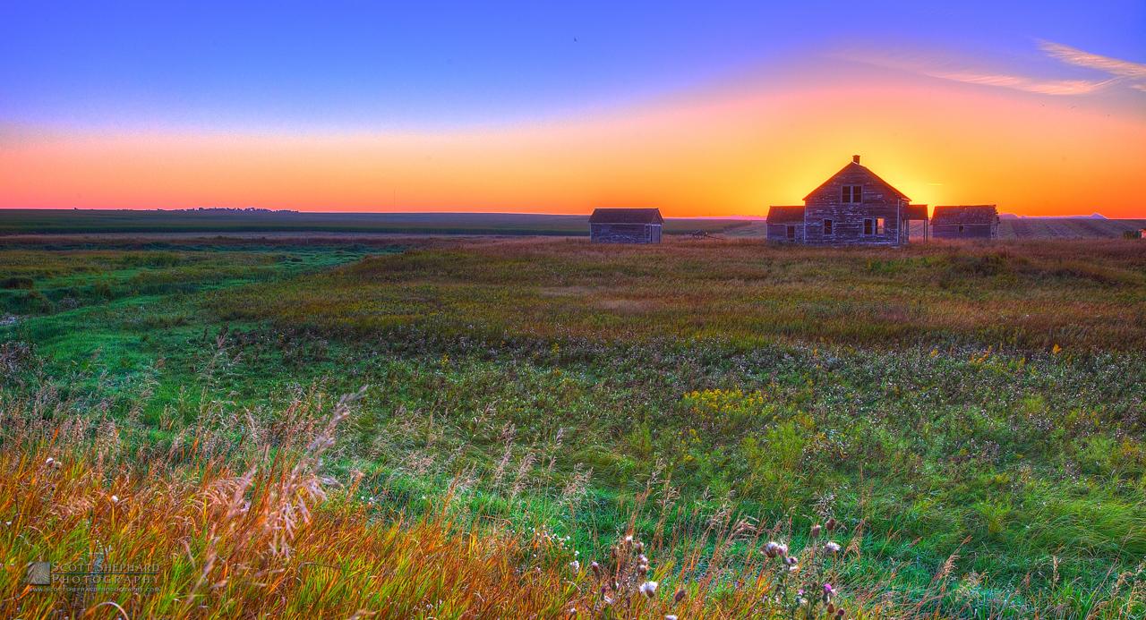 Old Farm At Sunrise.jpg