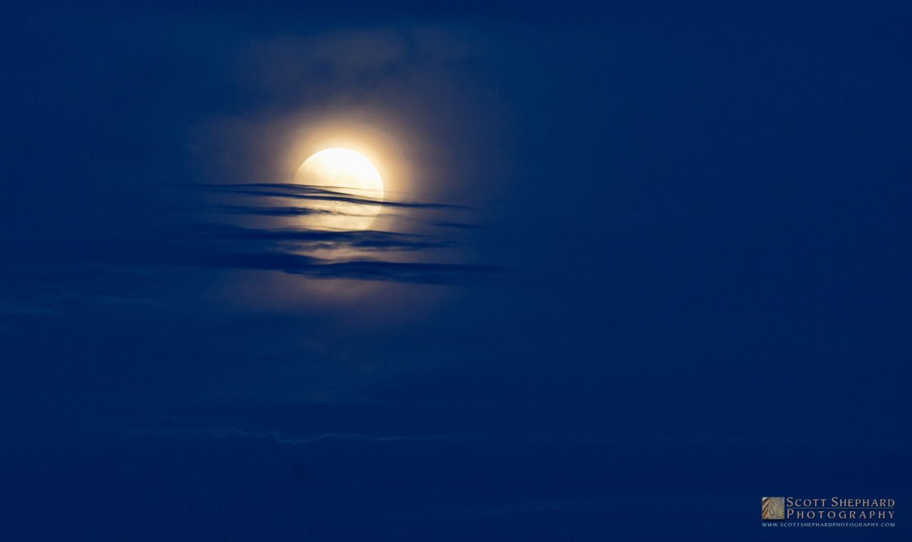2015 09-28 It's Only A Super Moon . . .
