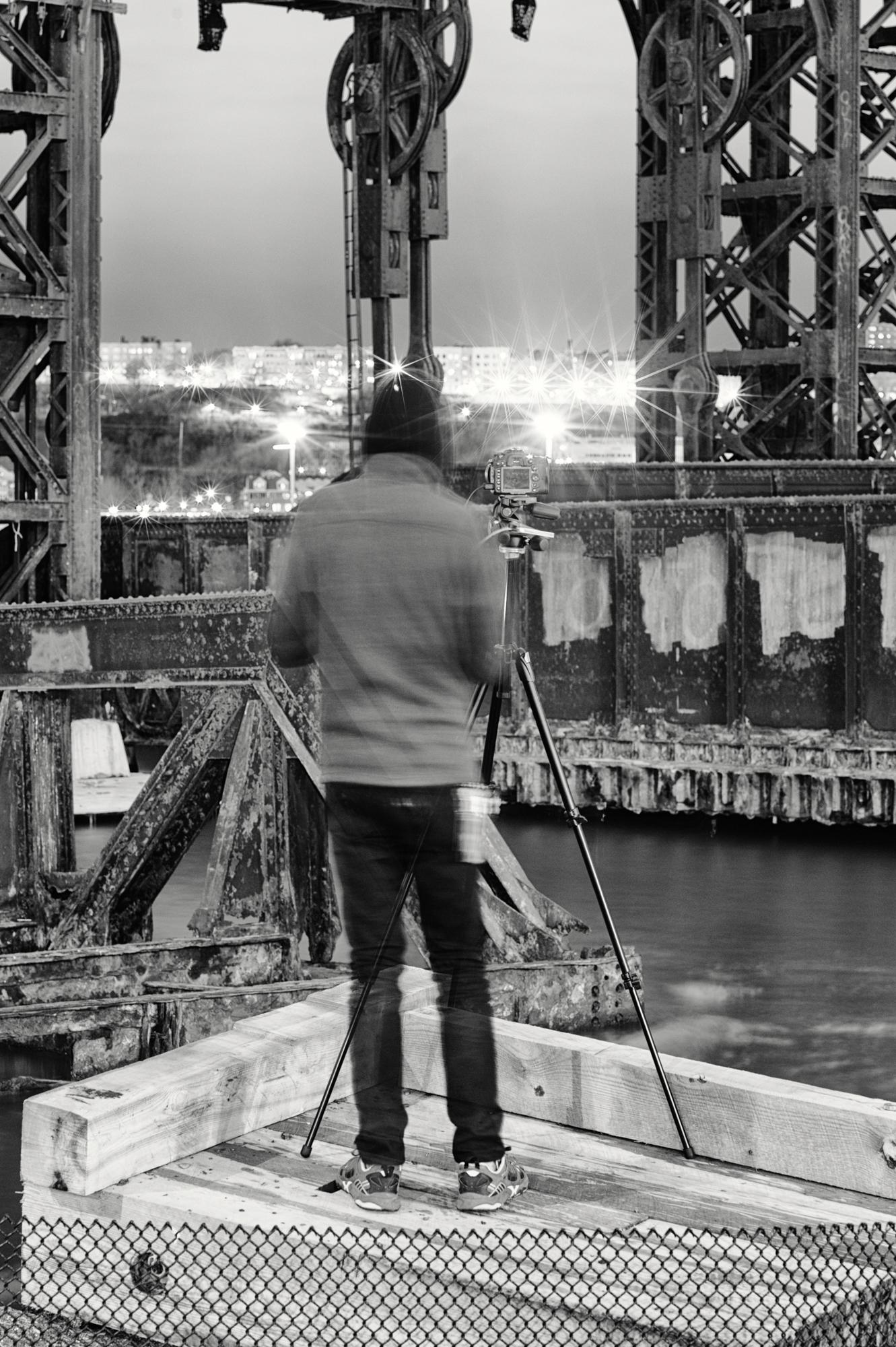 Dan Shooting at 69th St Transfer Bridge, Manhattan