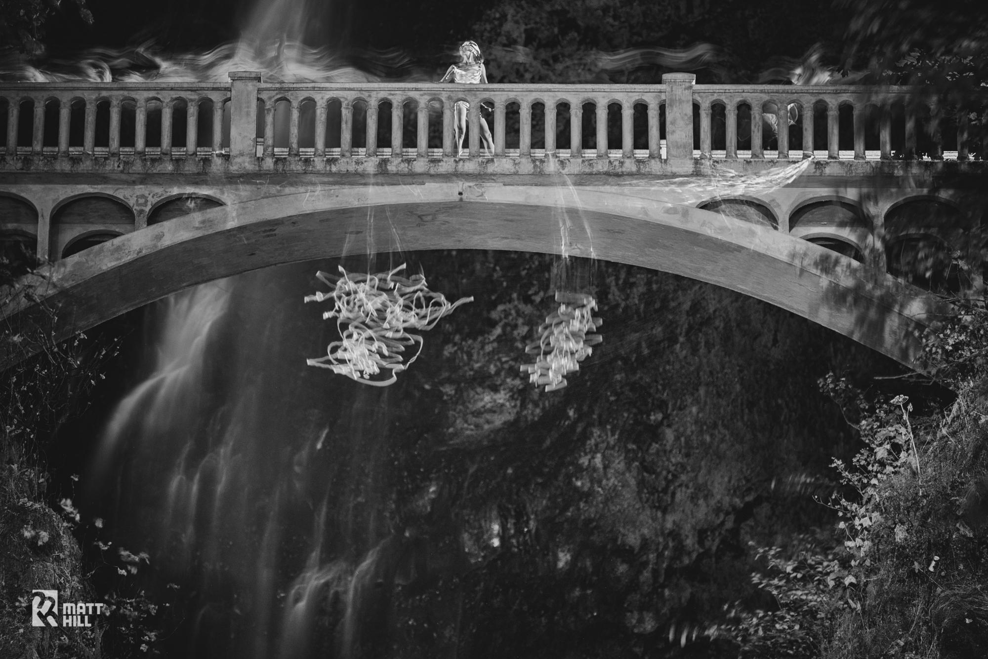 night-photography-multnomah-falls-oregon-matt-hill.jpg