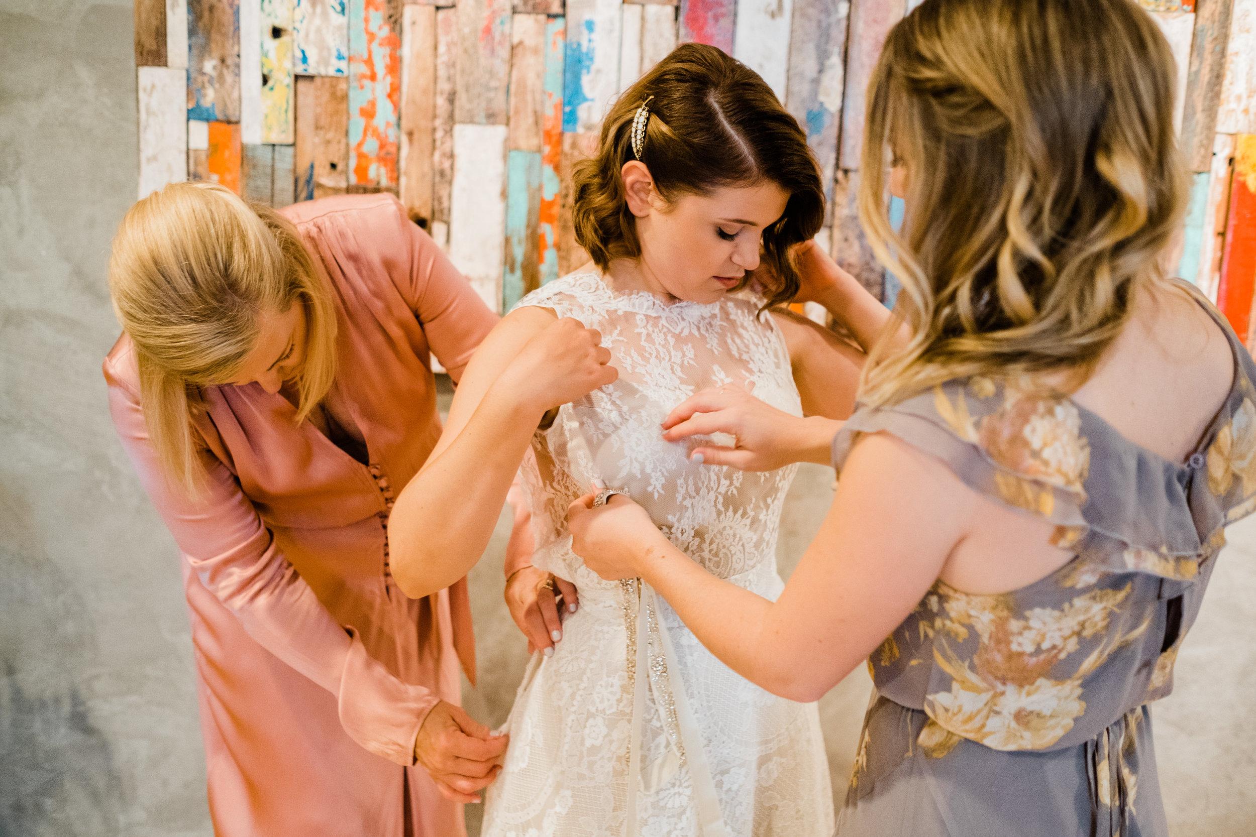 Moniker Warehouse Wedding San Diego 002.jpg
