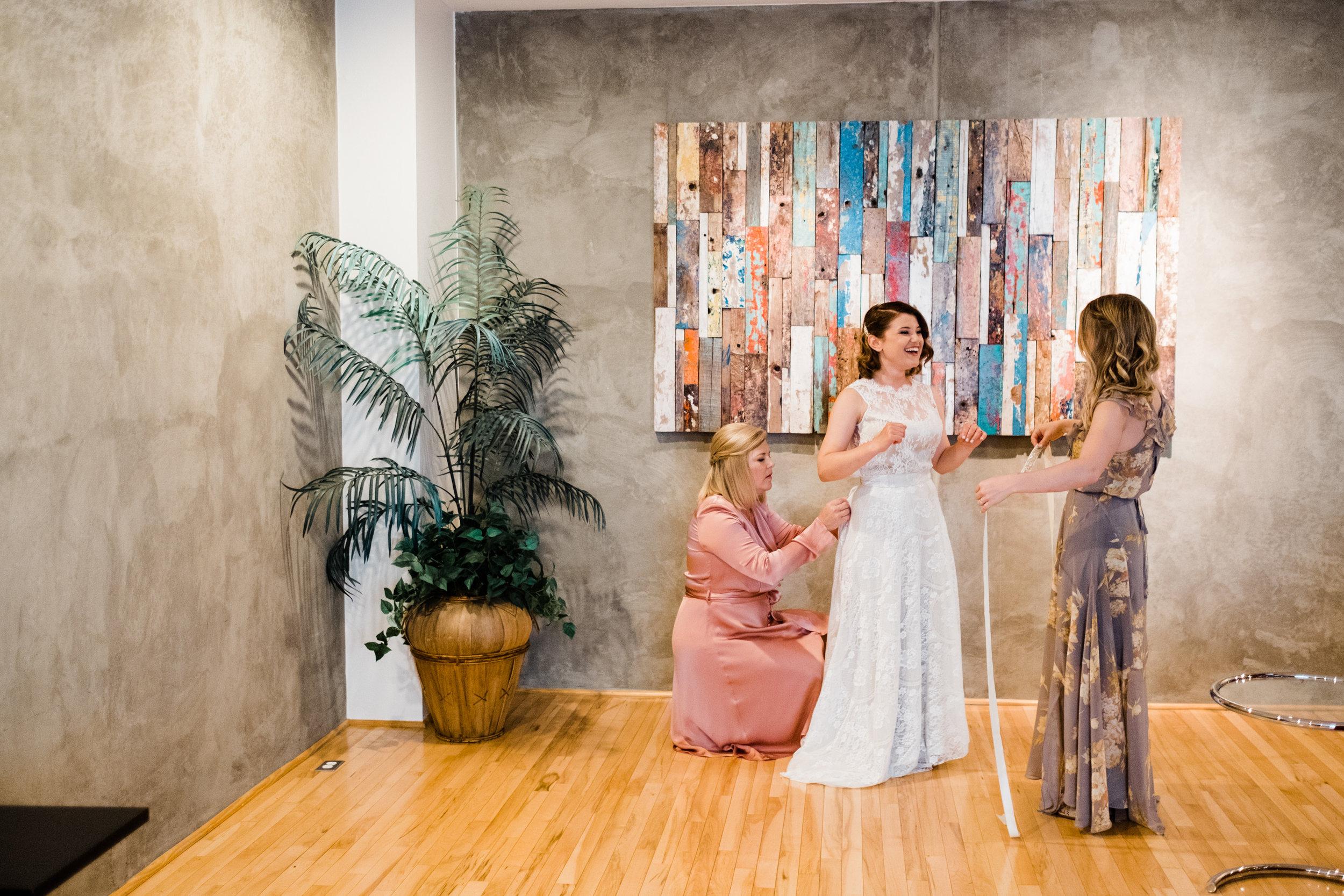 Moniker Warehouse Wedding San Diego 003.jpg