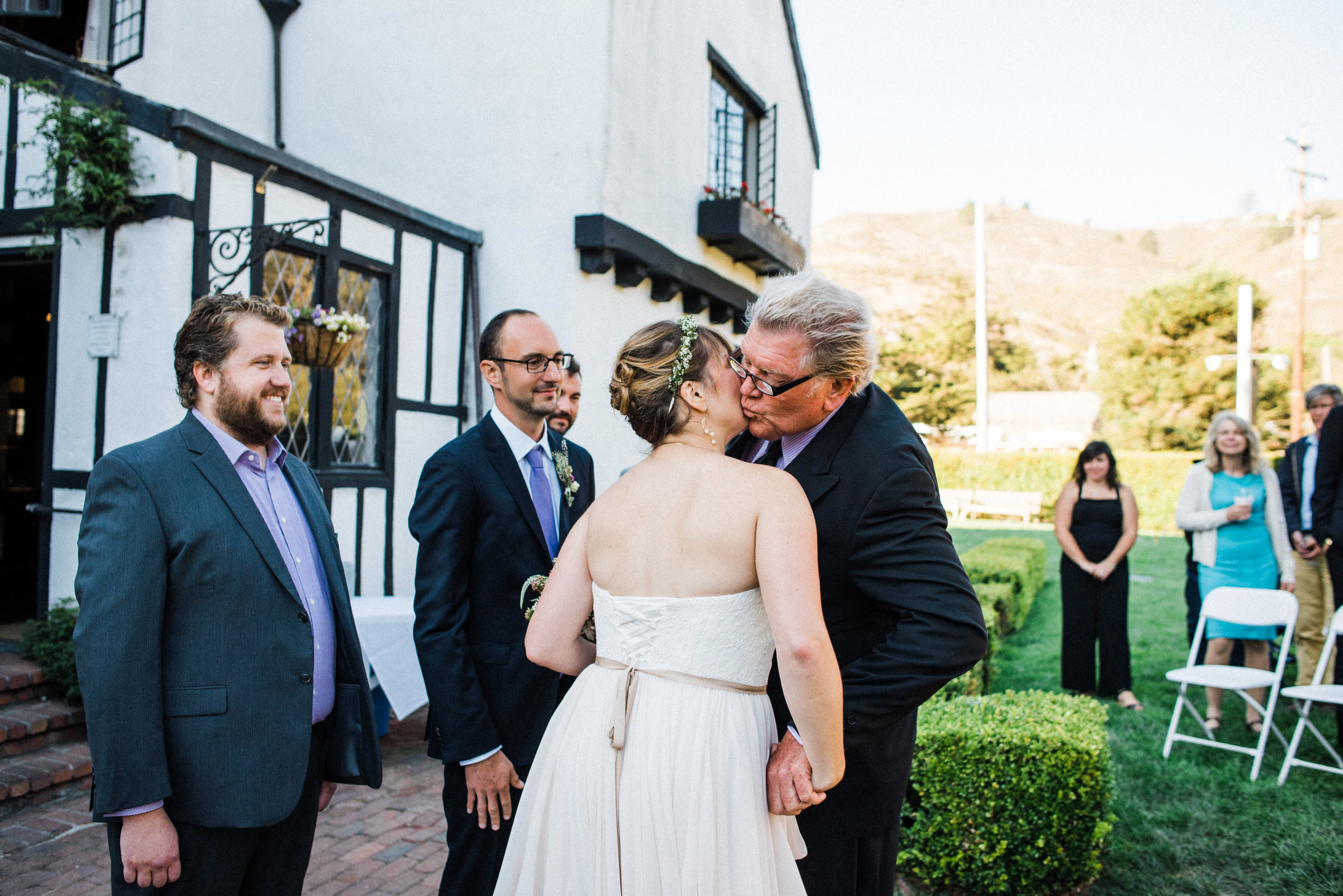Pelican Inn Muir Beach Wedding-33.jpg