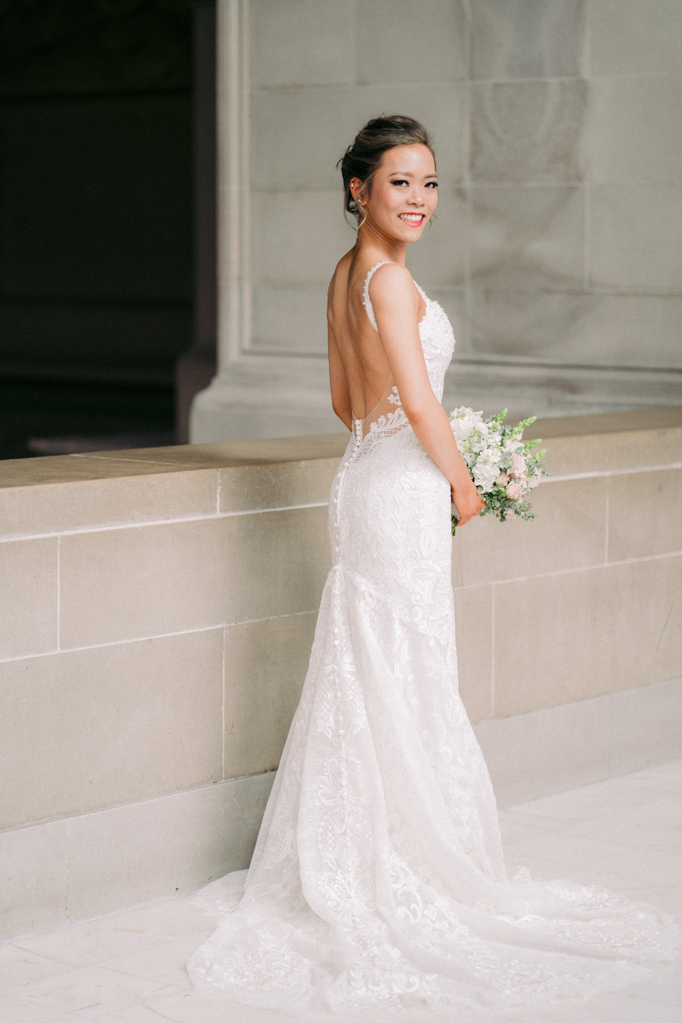 San Francisco City Hall Bridal Portraits 005.jpg