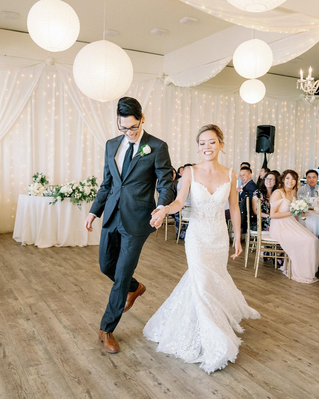 Malibu West Beach Club Wedding 040.jpg
