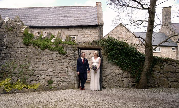 0368-wedding photography faenol fawr bodelwyydan.jpg