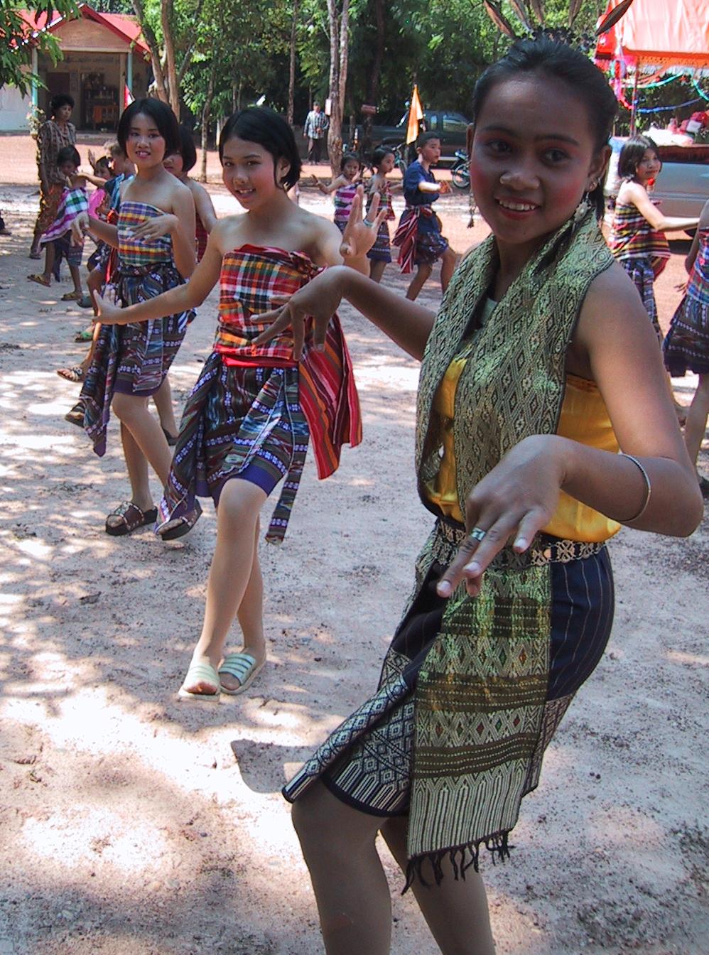 Dancing01.jpg