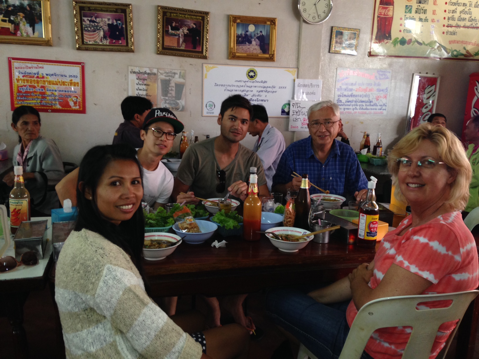 Guests having lunch at the best noodle bar in Phon Phisai