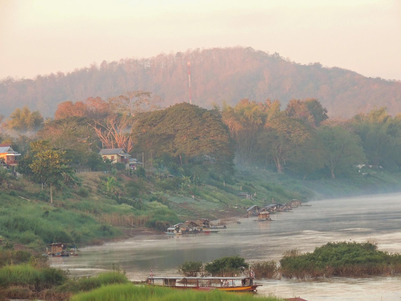 Chiang Khan - Thailand Painting Holidays 44.jpg