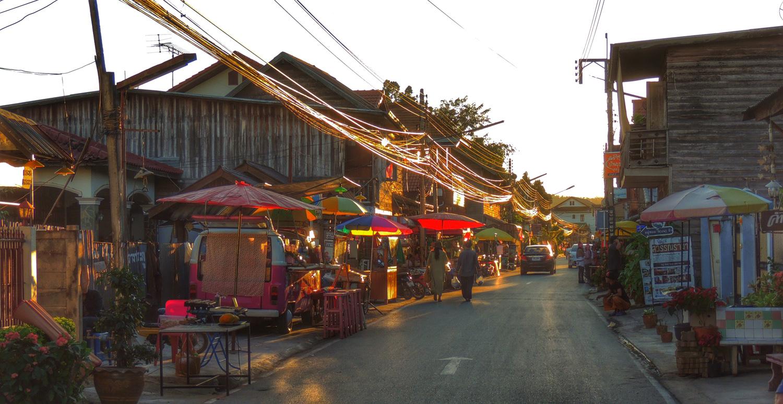 Chiang Khan - Thailand Painting Holidays 54.jpg