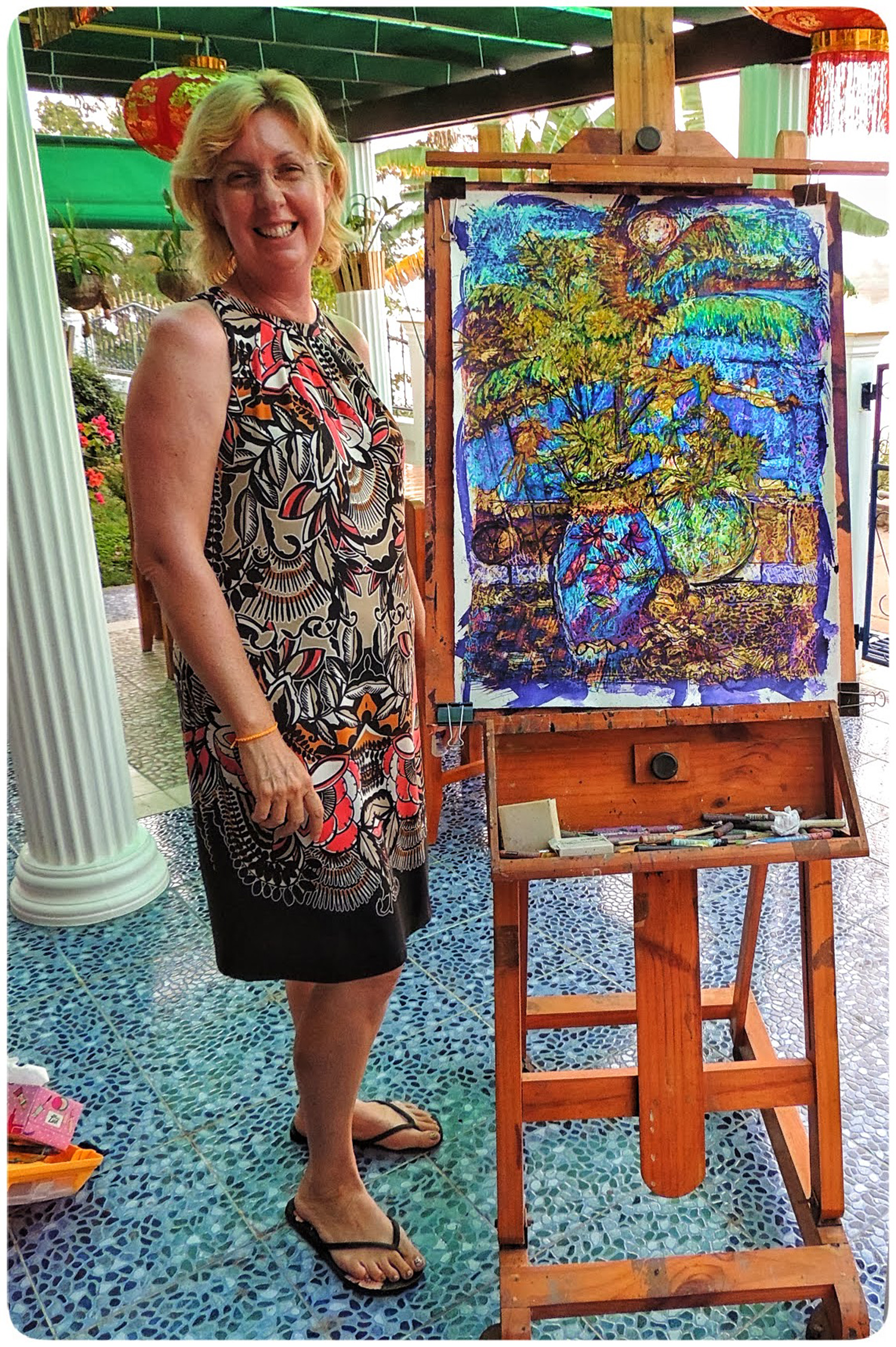Artist Amanda on a painting holiday in Thailand  003.jpg