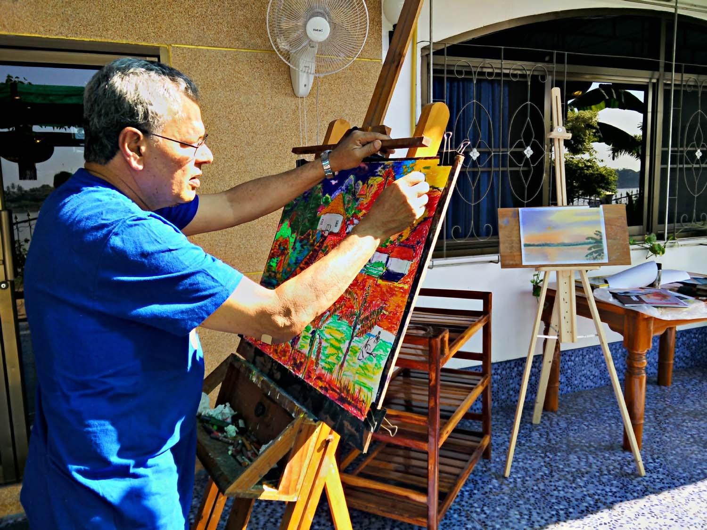 Artist Rohan enjoying a painting holiday in Thailand  000.jpg
