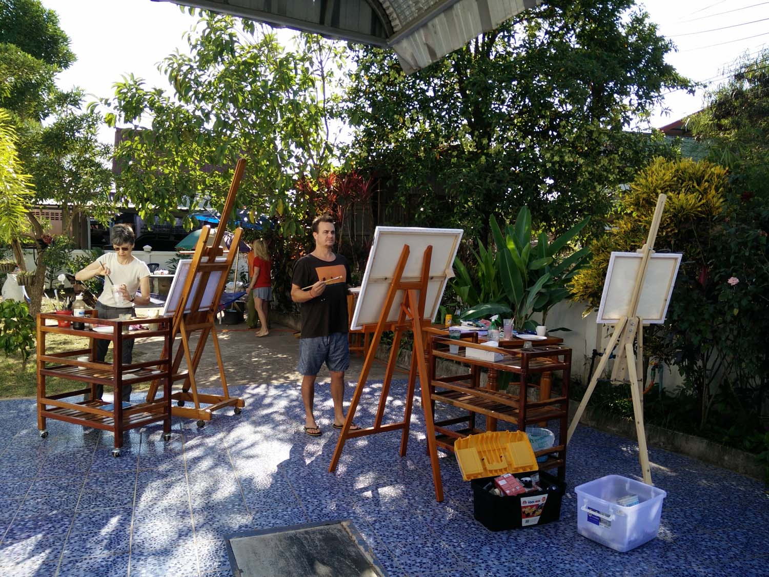 Artist Frances enjoying a painting holiday in Thailand  009.jpg