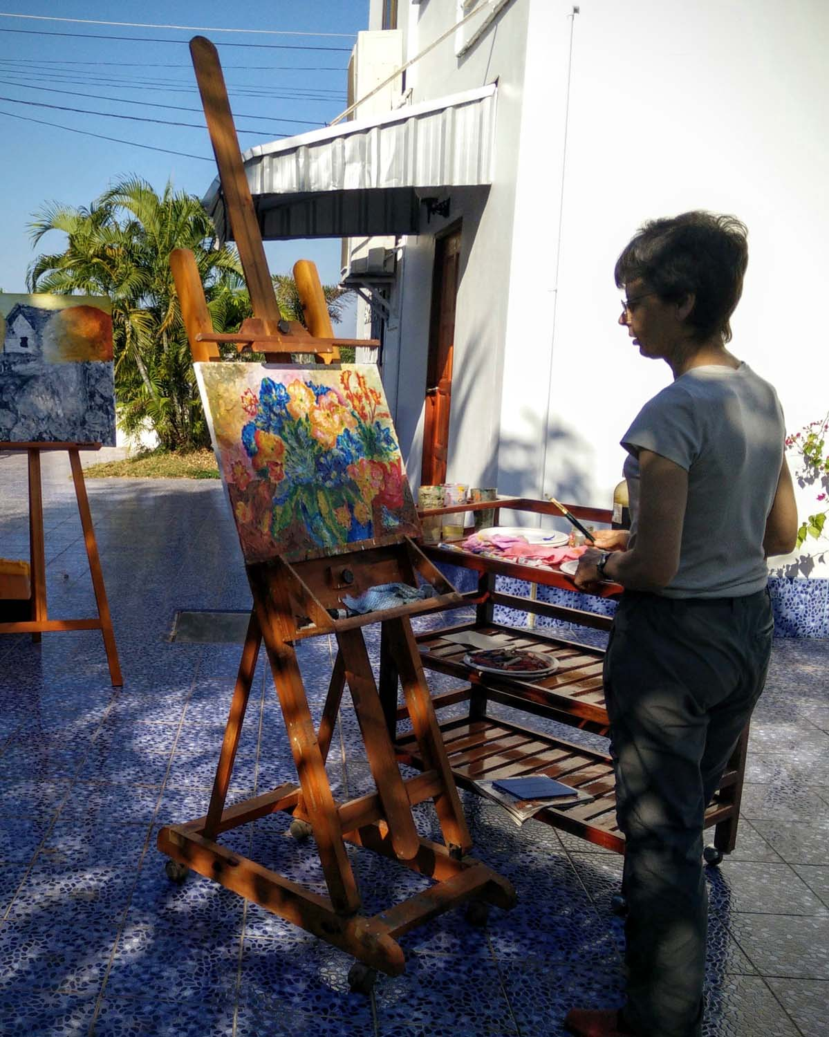 Artist Frances enjoying a painting holiday in Thailand  011.jpg