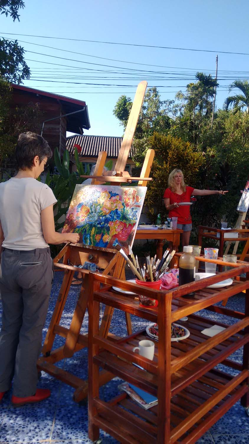 Artist Frances enjoying a painting holiday in Thailand  019.jpg