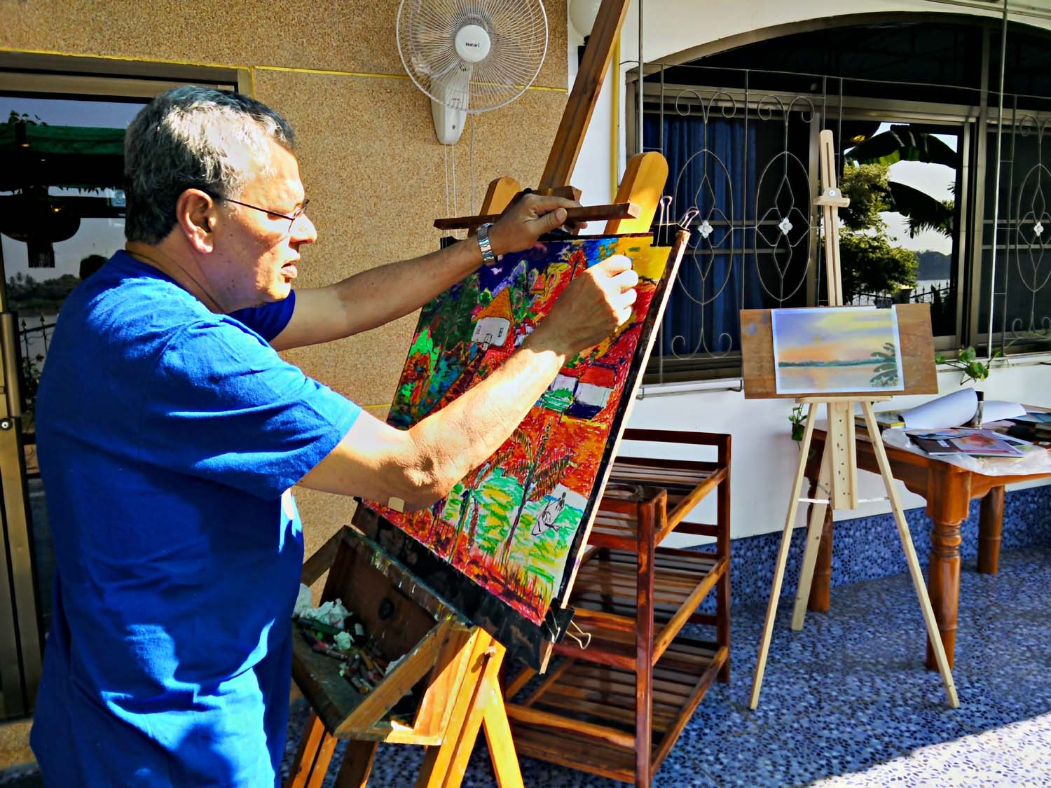 Rohan stayed on holiday with us at Thailand Painting Holidays for two weeks and had a fantastic holiday.   Click to read his review.