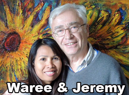 Waree and jeremy Holton your hosts at Thailand Painting Holidays