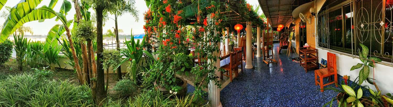 Thailand Painting Holidays Mekong House external 020.jpg