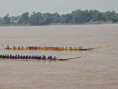 The  Long Boat Races  are a big event in Phon Phisai held after the Naga Festival in October each year