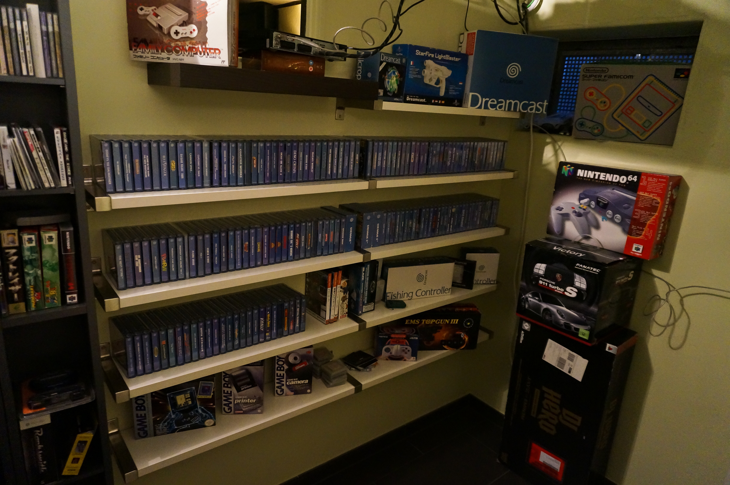 Dreamcast Games and Hardware