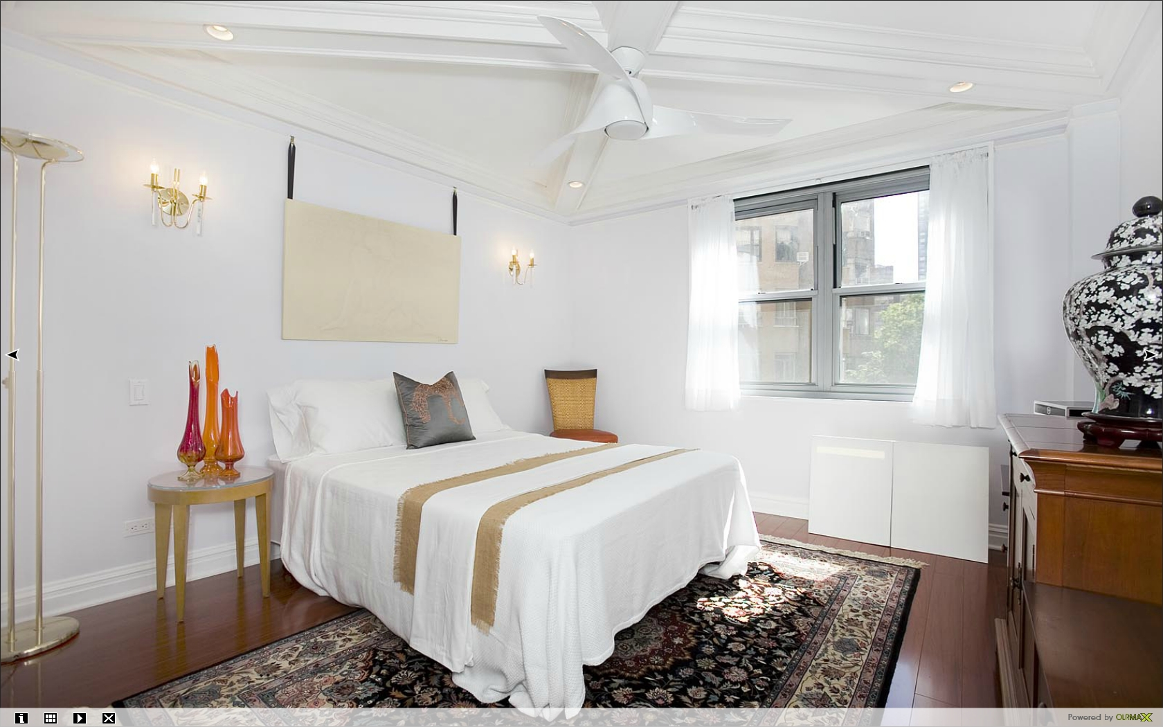 This NYC one bedroom apartment, simply apportioned designed to maximize space allocations and modernized for today's living, includes a walk-in closet.