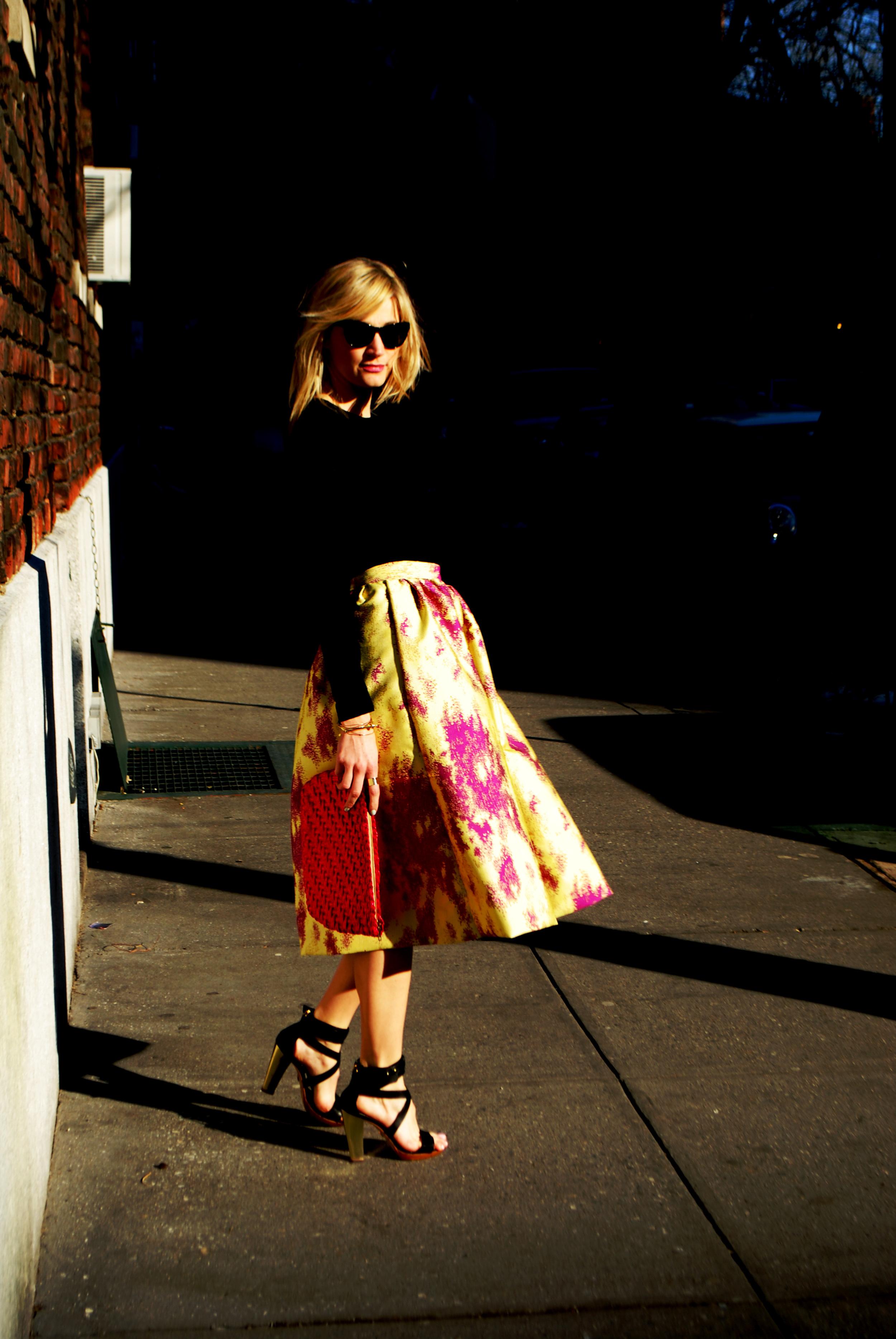 Top,  Gap ; Skirt, made by me; Shoes, Pour La Victoire ( similar here ); Bag, Vintage; Glasses,  RAEN