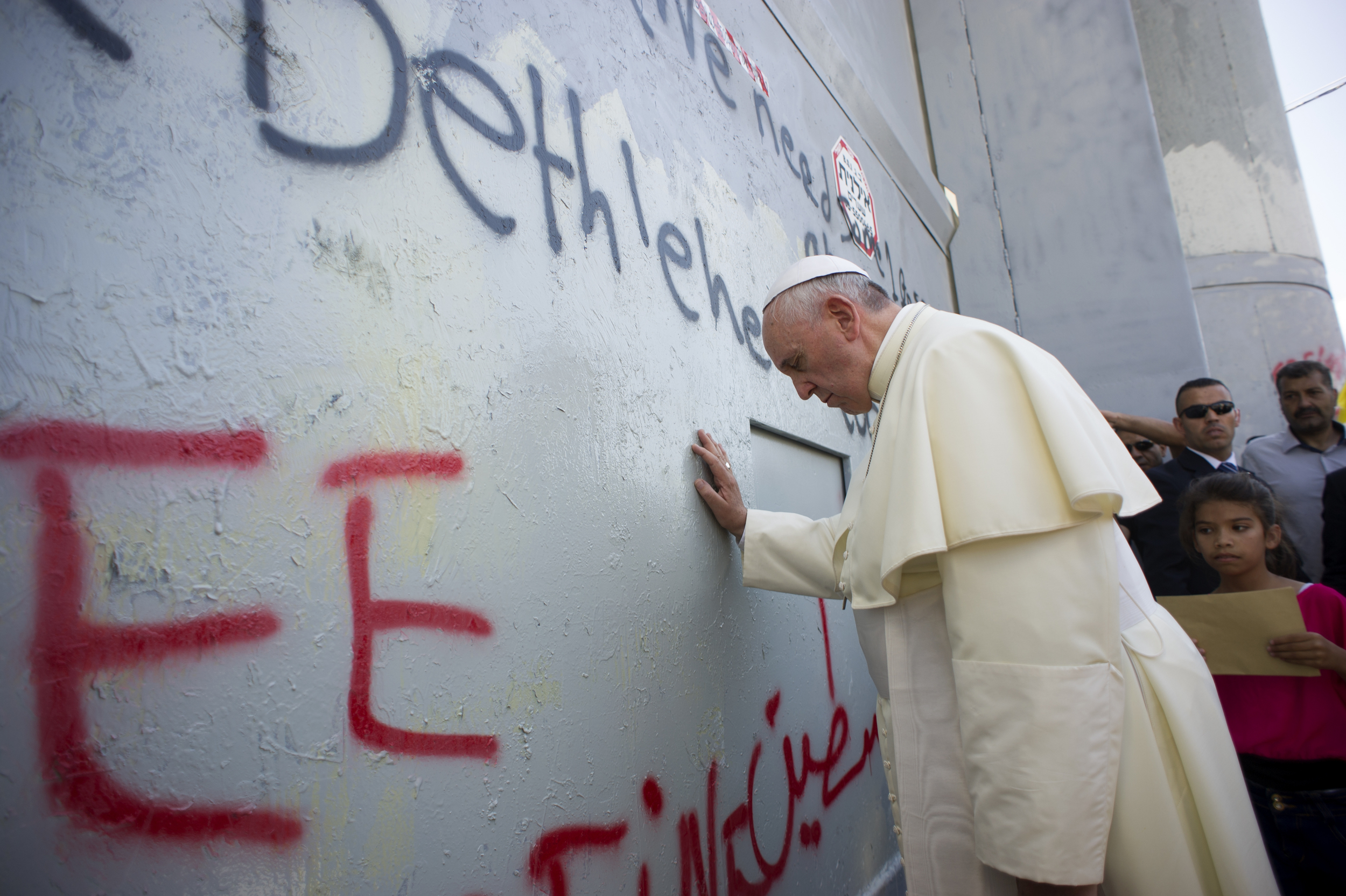 Pope Francis praying at the Separation Wall in Bethleham