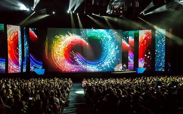 Photo via AdobeMAX facebook page.