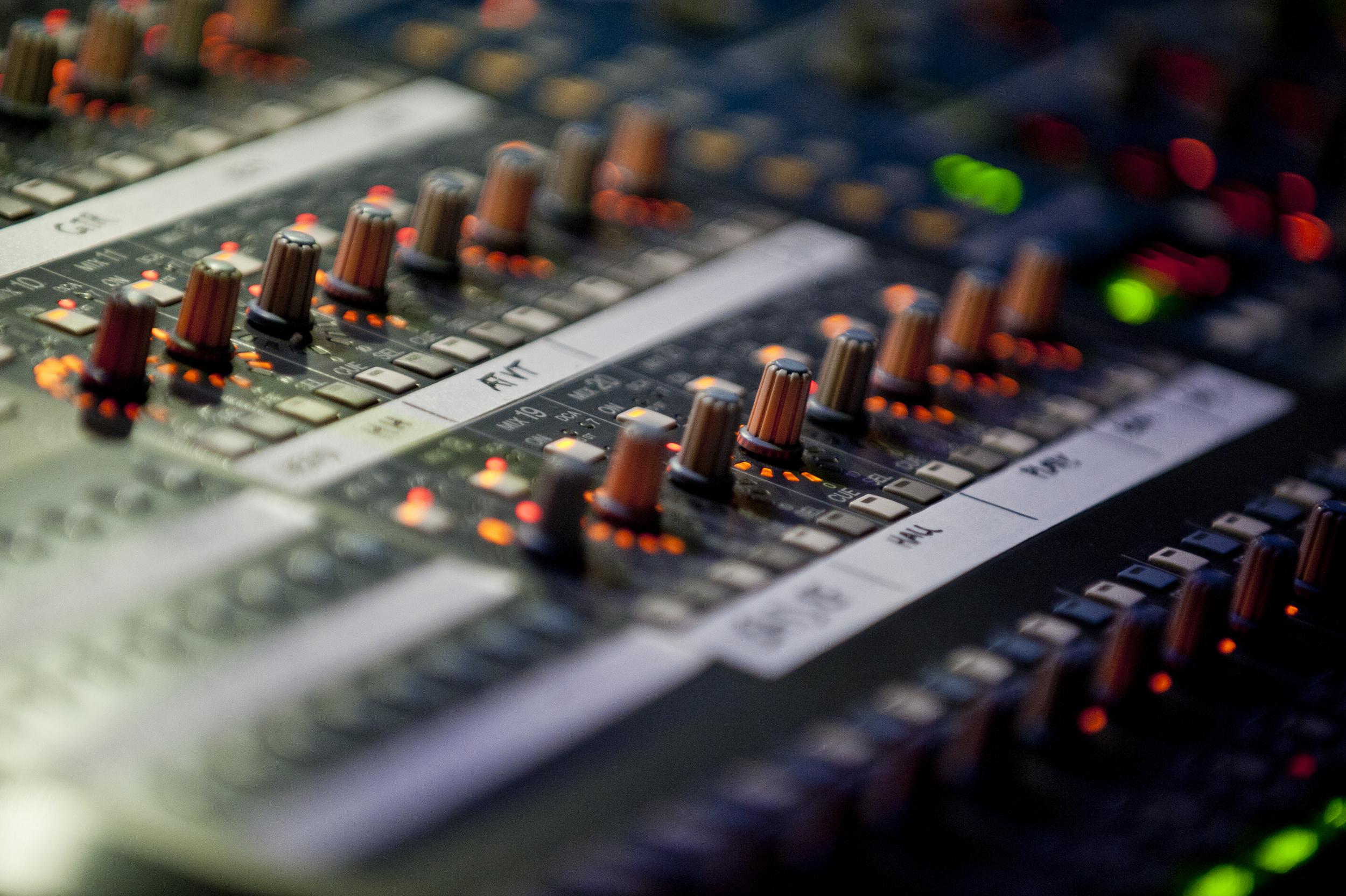 sound board 10022.jpg