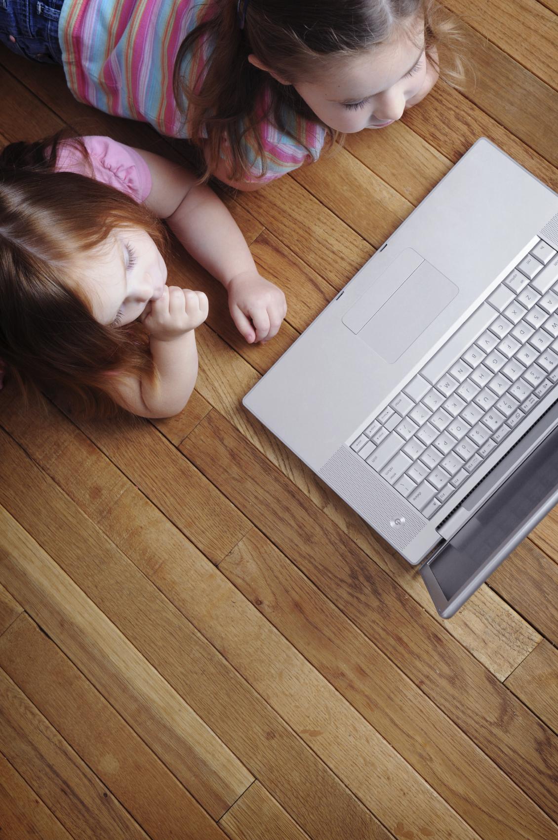 girls with laptop (Medium).jpg